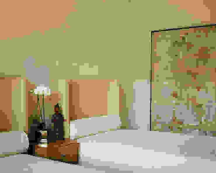 Penthouse em Lisboa Quartos clássicos por Antonio Martins Interior Design Inc Clássico