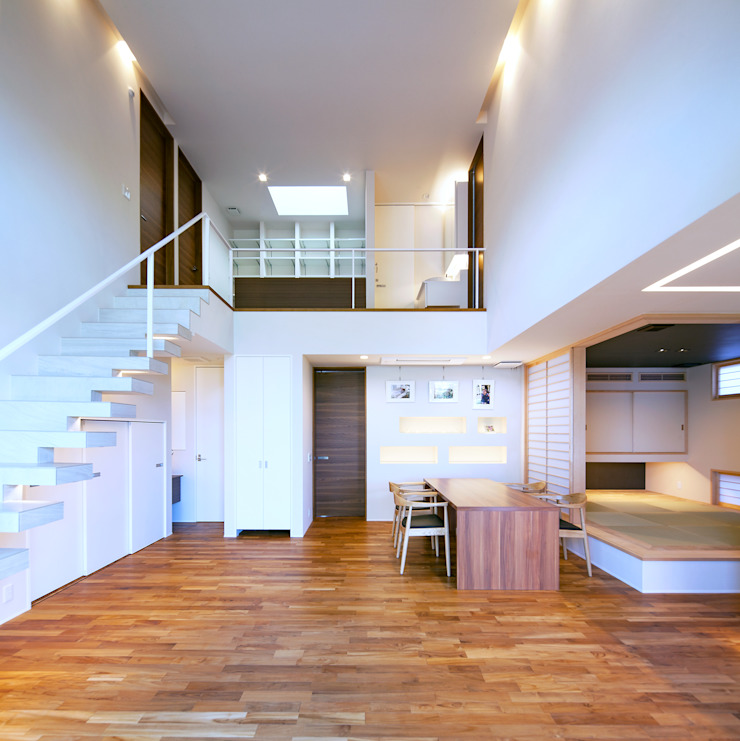 I3-house「丘の上にある造形」 モダンデザインの リビング の Architect Show Co.,Ltd モダン