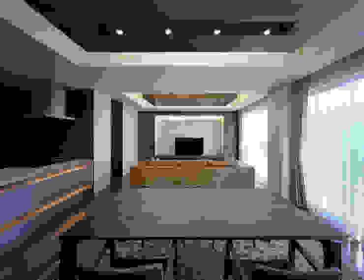 K6-house リノベーション「格子と石の家」 モダンデザインの ダイニング の Architect Show Co.,Ltd モダン