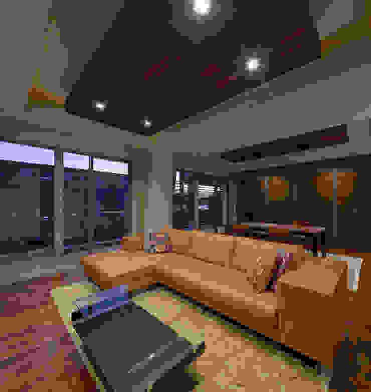 K6-house リノベーション「格子と石の家」 モダンデザインの リビング の Architect Show Co.,Ltd モダン