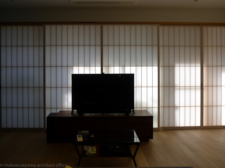 壁面を整理してシンプルな空間に の 家山真建築研究室 Makoto Ieyama Architect Office