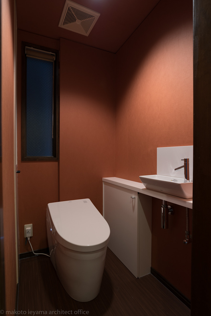 トイレ の 家山真建築研究室 Makoto Ieyama Architect Office