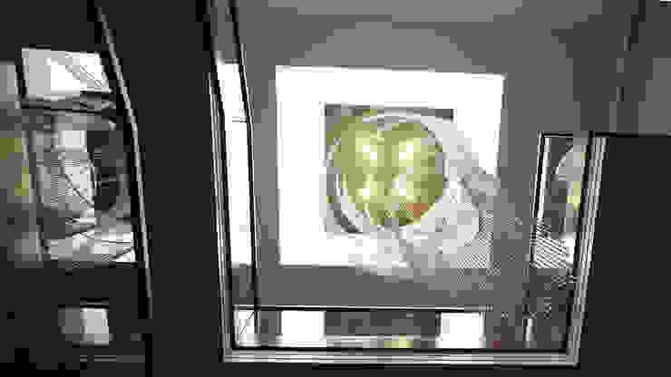Private Villa, Surrey Keir Townsend Ltd. Modern Corridor, Hallway and Staircase Glass Metallic/Silver