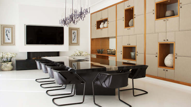 Private Villa, Surrey Modern dining room by Keir Townsend Ltd. Modern