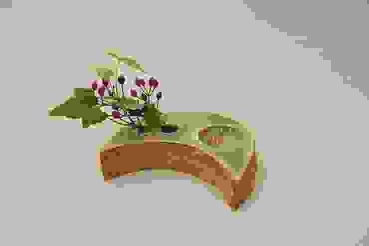 水を掛ける(moon)  ~ Hang up a water (moon)~: 新田 学 (GAKU! CO-BO)が手掛けた折衷的なです。,オリジナル 陶器