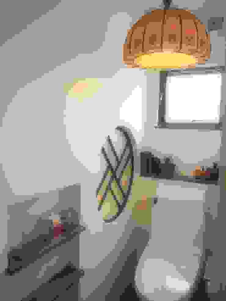 住居部トイレ オリジナルスタイルの お風呂 の ReBORN House レボンハウス オリジナル 木 木目調
