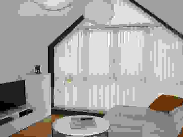 Cortinas verticales en screen Salones escandinavos de CORTINAS LUIS VIZCAYA Escandinavo