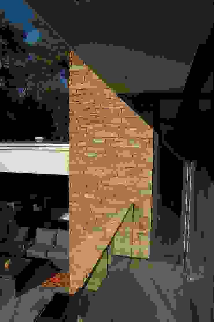 Villa V Moderne huizen van Margry | Arts architecten bna Modern