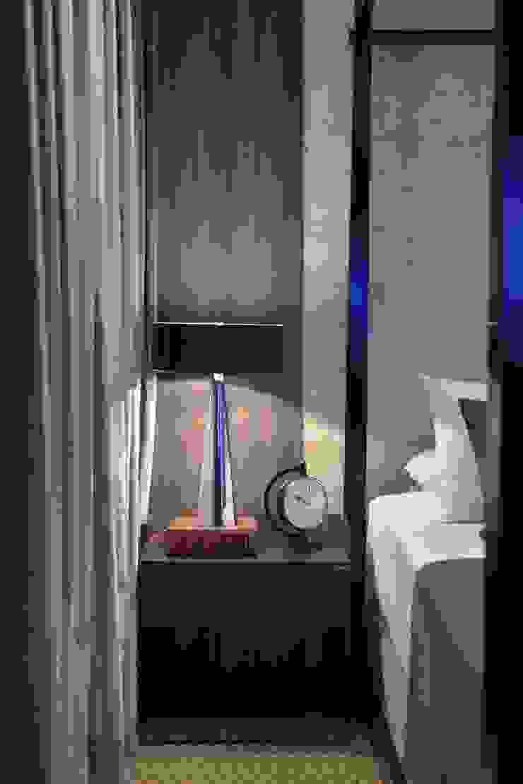 Suíte DOIS (em masculino) por Marcelo Minuscoli - Projetos Personalizados Moderno