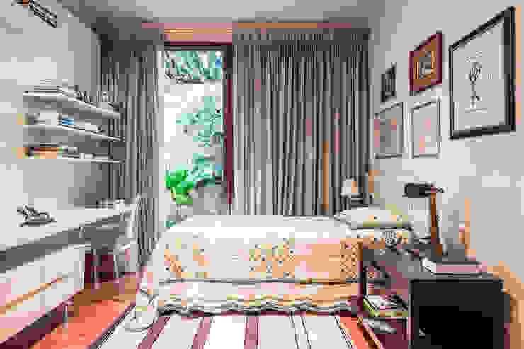 Residência Londrina 3 Quartos modernos por Antônio Ferreira Junior e Mário Celso Bernardes Moderno
