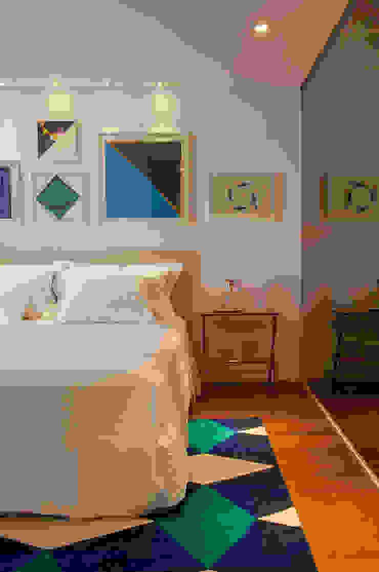 Dormitorios modernos: Ideas, imágenes y decoración de Antônio Ferreira Junior e Mário Celso Bernardes Moderno