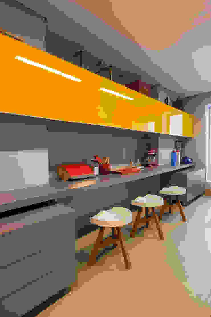 Cocinas modernas: Ideas, imágenes y decoración de Antônio Ferreira Junior e Mário Celso Bernardes Moderno