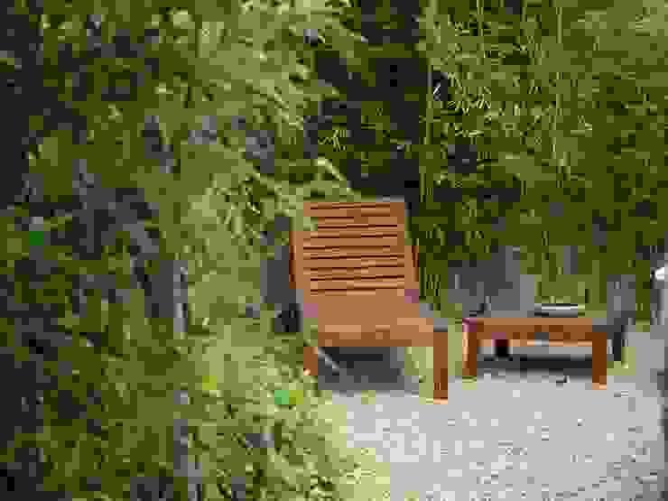 Pormenor de zona de estadia Jardins ecléticos por Atelier Jardins do Sul Eclético