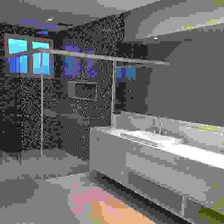 Banheiros Banheiros modernos por Duplex Interiores Moderno
