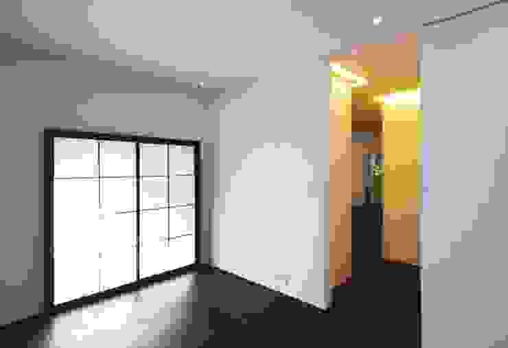 星設計室 Modern Bedroom Wood Brown