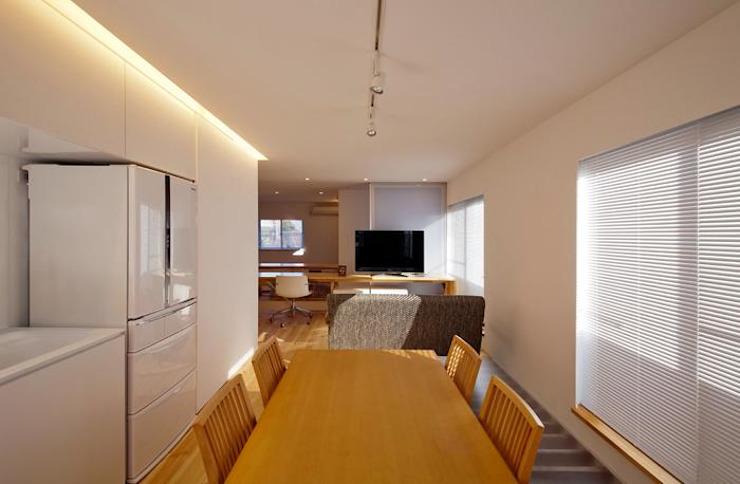 星設計室 Modern Dining Room Wood Wood effect