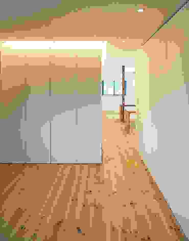 星設計室 Modern Bedroom Wood Wood effect
