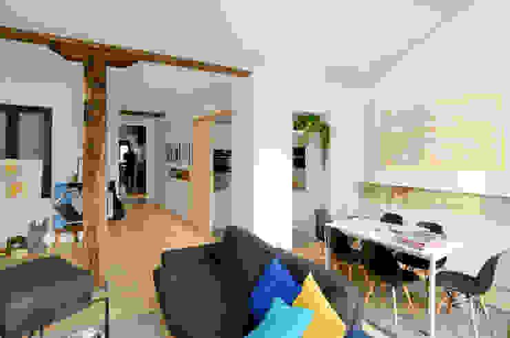 Reforma vivienda Salones de estilo moderno de Garmendia Cordero arquitectos Moderno
