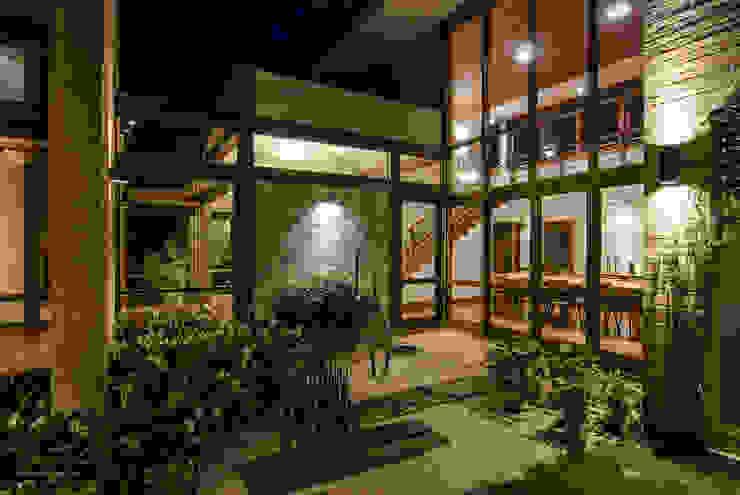 Casa em Itu Jardines de estilo moderno de Mellani Fotografias Moderno