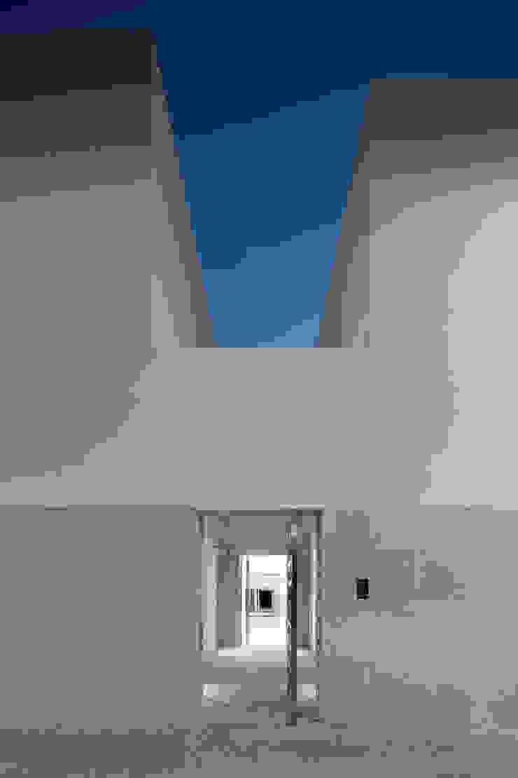 House in Portimão Casas modernas por MOM - Atelier de Arquitectura e Design, Lda Moderno