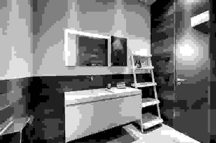 Projekty,  Łazienka zaprojektowane przez badconcepte, Minimalistyczny