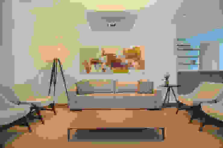 Salão de festas e brinquedoteca Salas de estar modernas por Carolina Mendonça Projetos de Arquitetura e Interiores LTDA Moderno