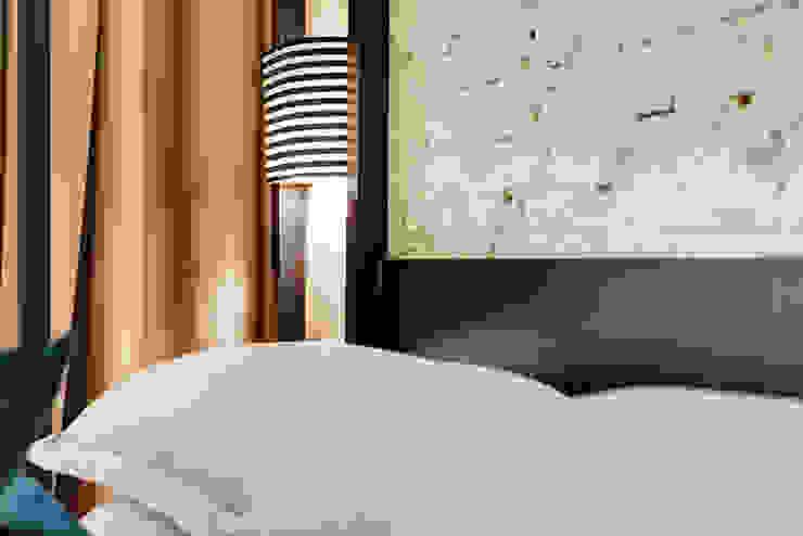 DHR HOTEL Hotel moderni di FAUSTO DI ROCCO ARCHITETTO Moderno Legno Effetto legno