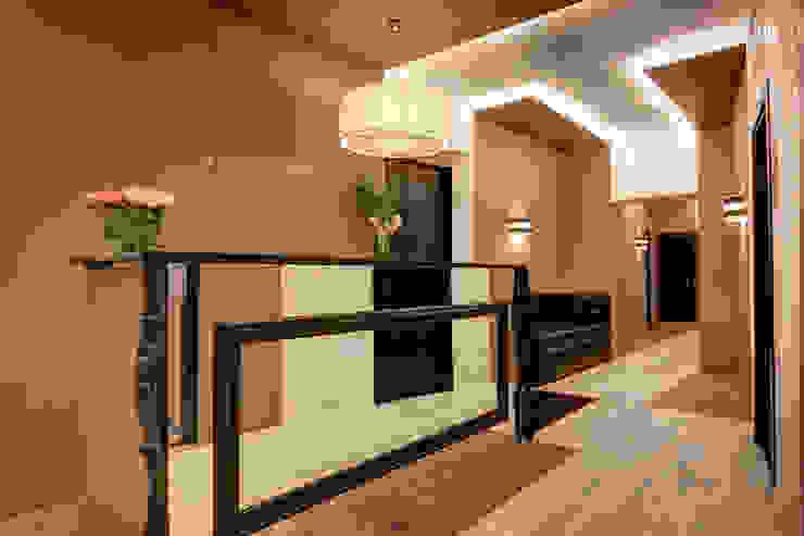 Reception Hotel moderni di FAUSTO DI ROCCO ARCHITETTO Moderno Legno Effetto legno