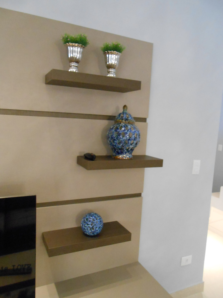 sala de estar - bege, cinza, azul e marrom Modern living room by Mariana Von Kruger Modern