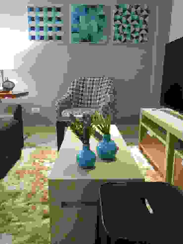 Apartamento casal jovem / young couple's apartment Modern living room by Mariana Von Kruger Modern
