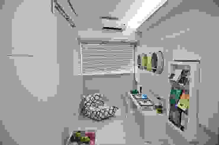 Projeto MF Interiores para consultório odontopediátrico Clínicas modernas por MF Interiores Moderno