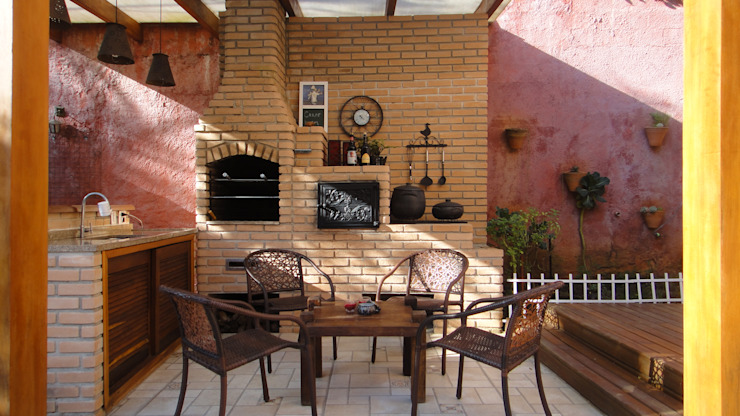 homify Rustic style balcony, porch & terrace Bricks