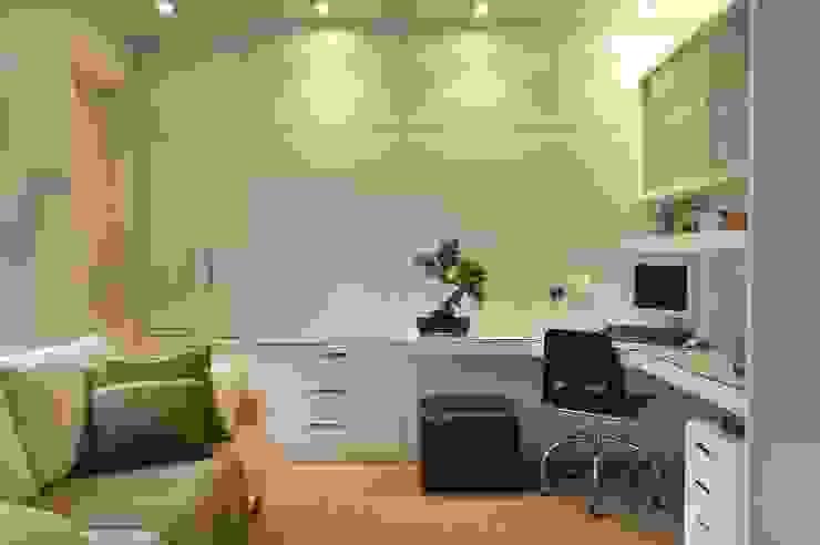 모던스타일 서재 / 사무실 by Elisabete Primati Arquitetura 모던