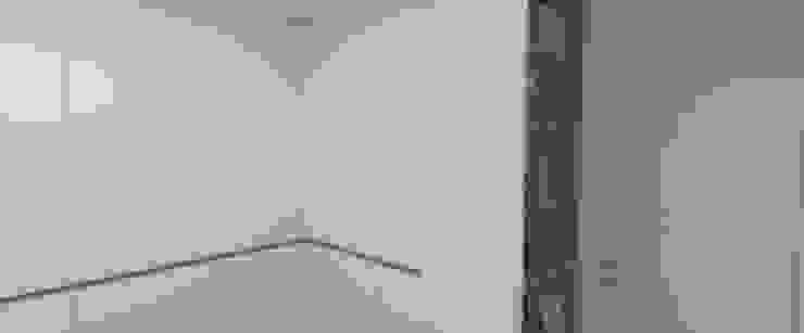 Quarto de Bebe 2 por Carolina Mendonça Projetos de Arquitetura e Interiores LTDA