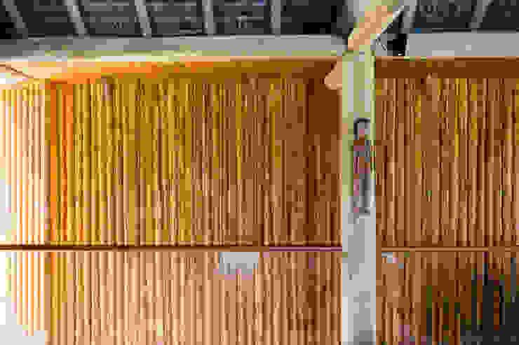 Salones tropicales de Antônio Ferreira Junior e Mário Celso Bernardes Tropical