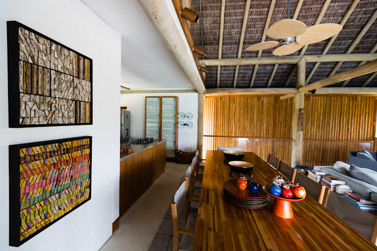 Antônio Ferreira Junior e Mário Celso Bernardes Tropical style dining room
