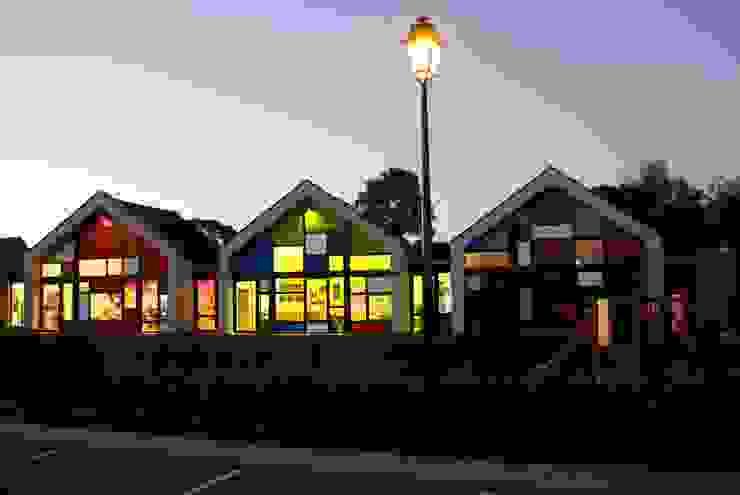 Школы в эклектичном стиле от Camélia Alex-Letenneur Architecture Design Paysage Эклектичный