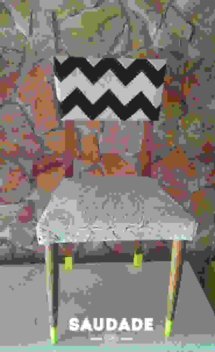 Single chair por Saudade - Restyling de mobiliário Eclético