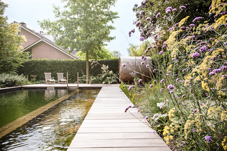 Country style garden by Studio REDD exclusieve tuinen Country