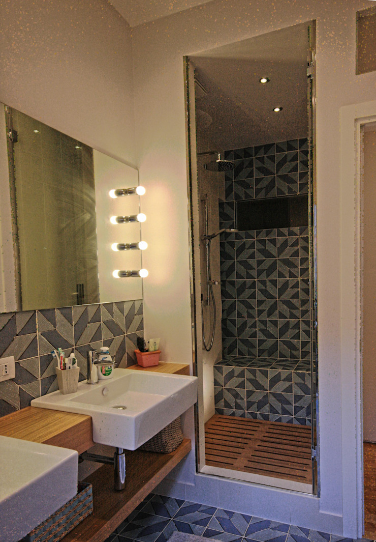 Modern Bathroom by studiodonizelli Modern Ceramic