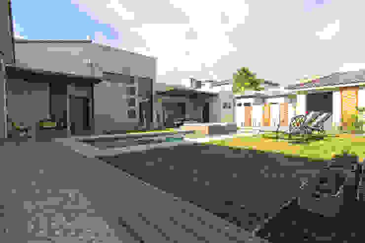 Bilbaoo Residencial Jardines eclécticos de Lo Interior Ecléctico