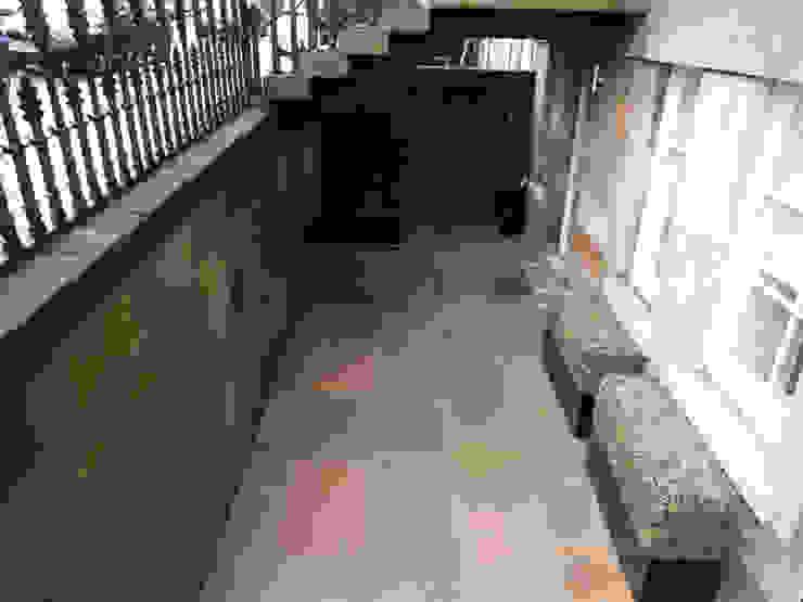 A basement area Vườn phong cách tối giản bởi Anne Macfie Garden Design Tối giản Đá sa thạch