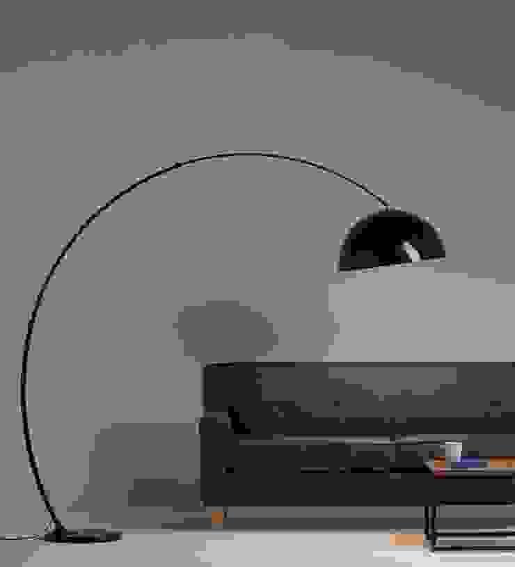 Oleh Angelo Luz + Diseño Minimalis