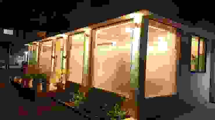 Espaços comerciais modernos por Alaya D'decor Moderno