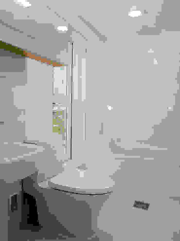 해원이네 모던스타일 욕실 by AAPA건축사사무소 모던