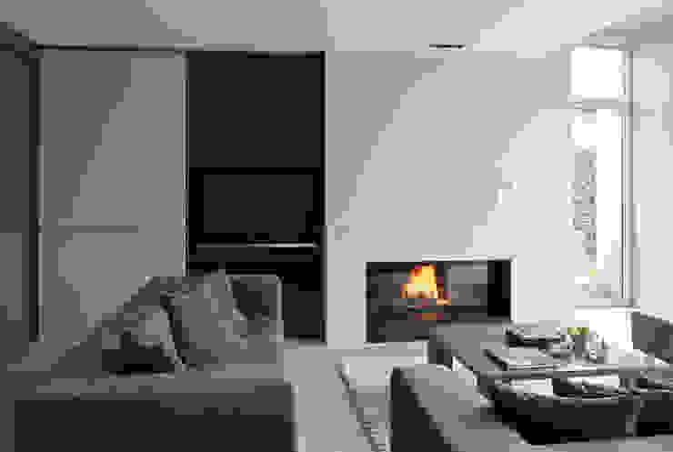 Living room by Biojaq - Comércio e Distribuição de Recuperadores de Calor Lda,