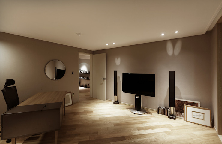 Modern Media Room by Qua.D Modern