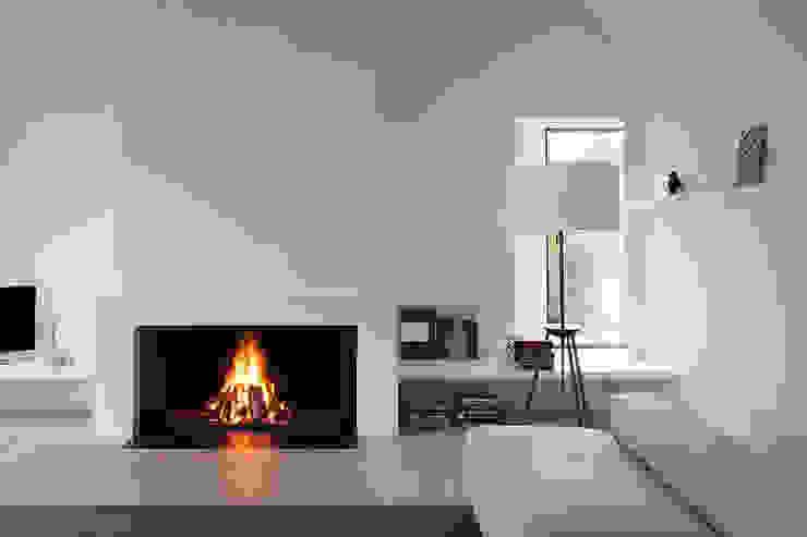 Lareiras Metalfire - Universal Lenha (Sem Vidro) Salas de estar modernas por Biojaq - Comércio e Distribuição de Recuperadores de Calor Lda Moderno