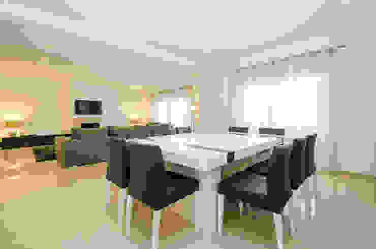 modern  von Simple Taste Interiors, Modern