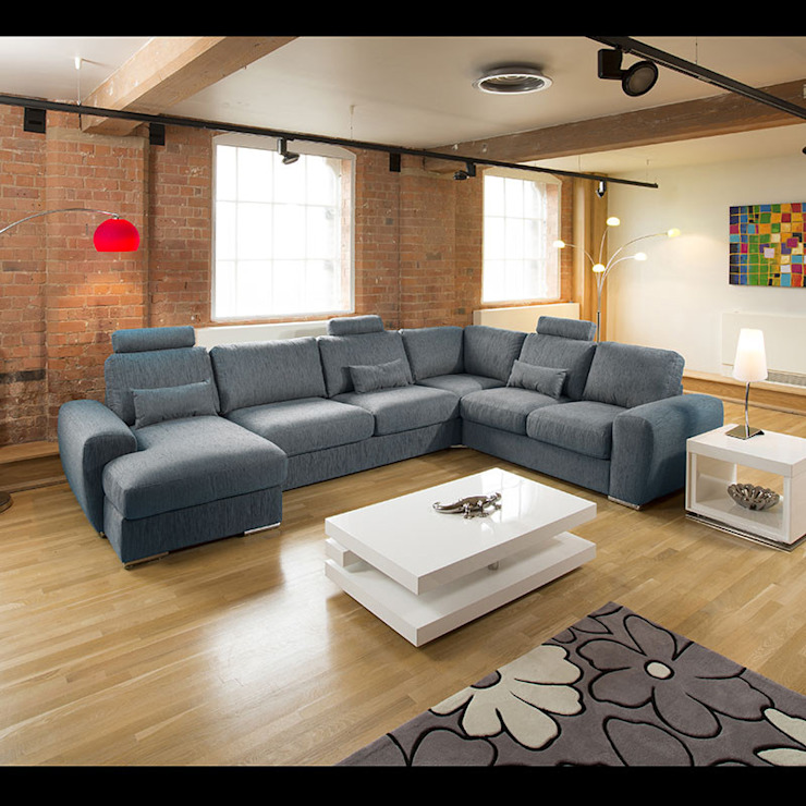 GRANDE 15 Quatropi ltd Moderne Wohnzimmer